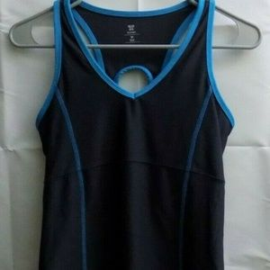 Active by Old Navy Semi-fitted Workout Tank. m